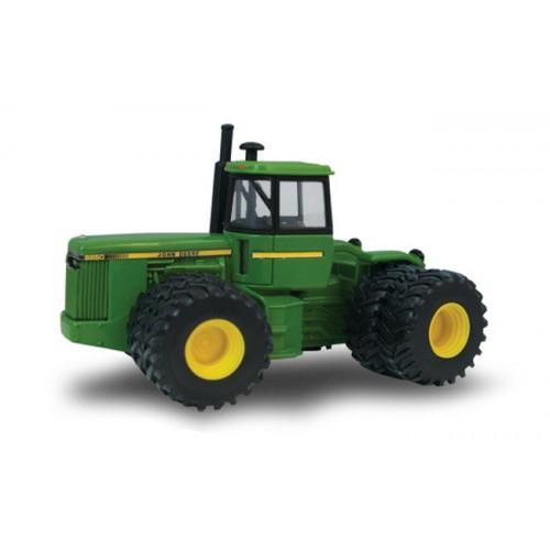 John Deere 8850 Tractor