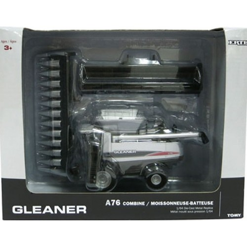 Gleaner A76 Combine