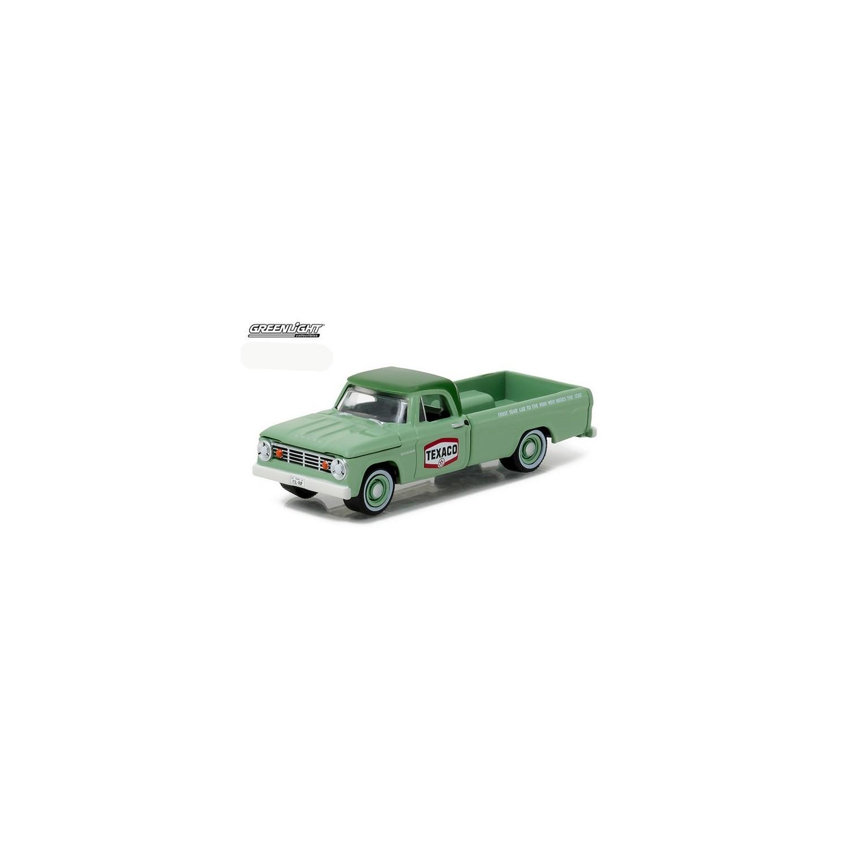 afb89dbb138f Greenlight Running on Empty Series 1 - 1967 Dodge D-100 Texaco Truck