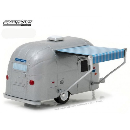 Hitched Homes Series 1 - Airstream 16' Bambi