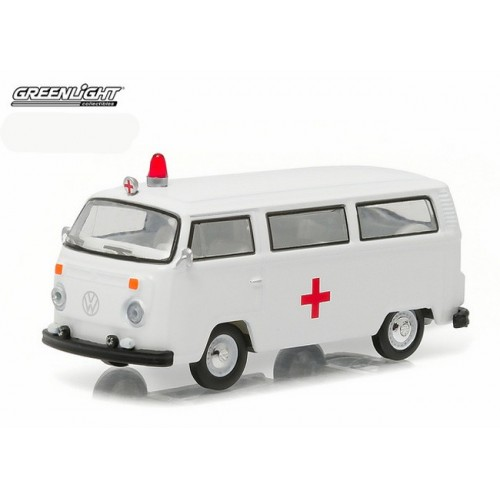 Club Vee-Dub Series 3 - 1975 Volkswagen Type 2 Ambulance