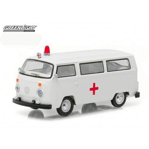 Club Vee-Dub Series 3 - 1975 Volkswagen Type 2 Ambulance