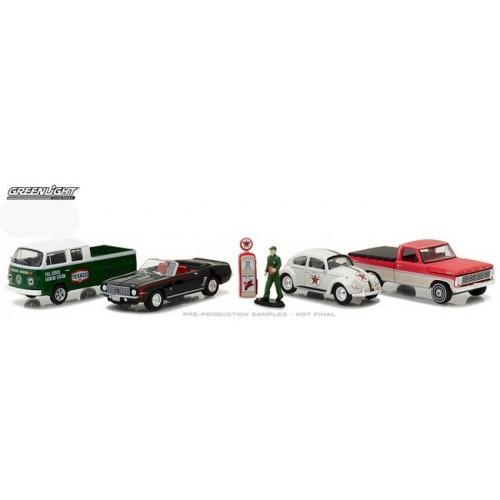 Greenlight Multi Car Diorama - Vintage Texaco Gas Station