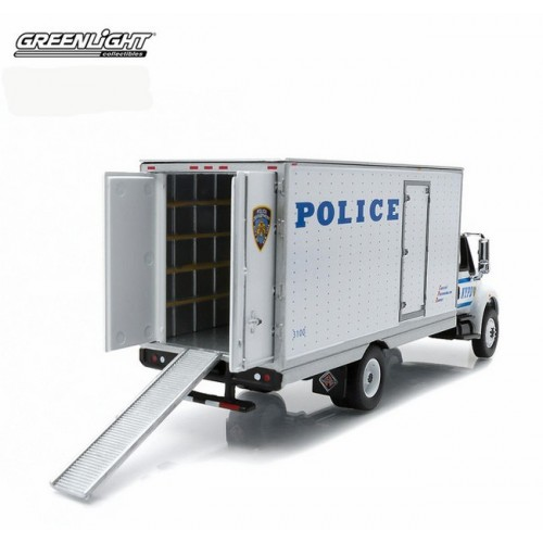 HD Trucks Series 3 - International DuraStar Box Van NYPD