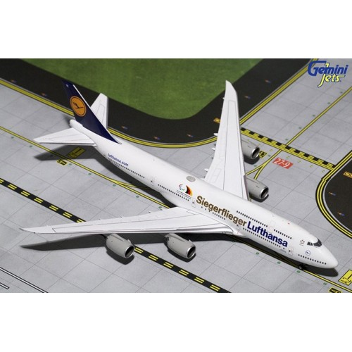 Gemini Jets Boeing 747-8 Lufthansa