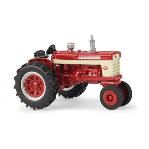 Case IH - Farmall 560 Tractor