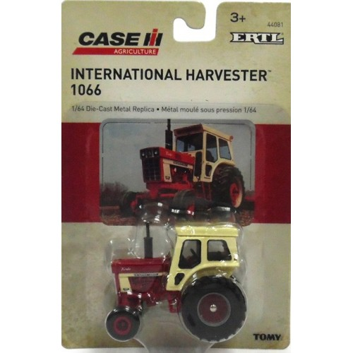 Case IH - International Harvester 1066 Tractor