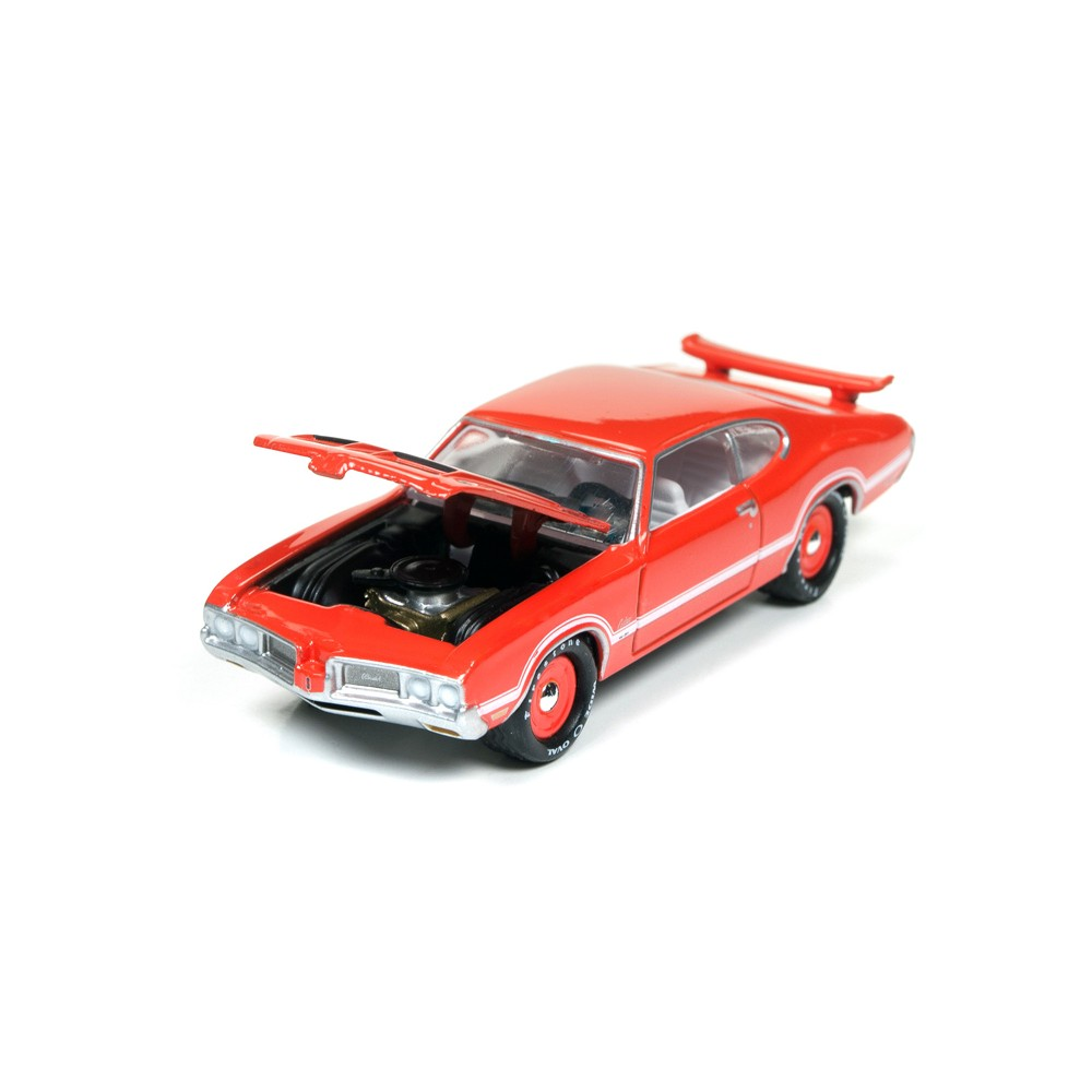Johnny Lightning Muscle Cars USA Release 3C - 1970 Olds Cutlass S W-31