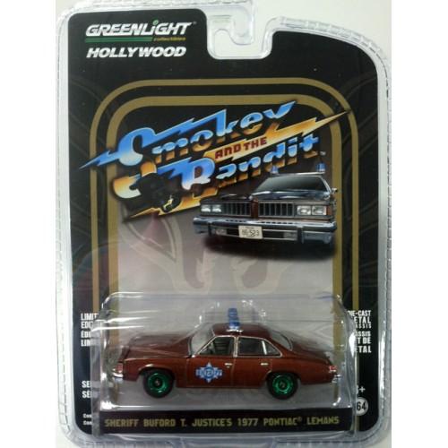 Hollywood Series 18 - 1977 Pontiac LeMans Smokey and the Bandit Green Machine