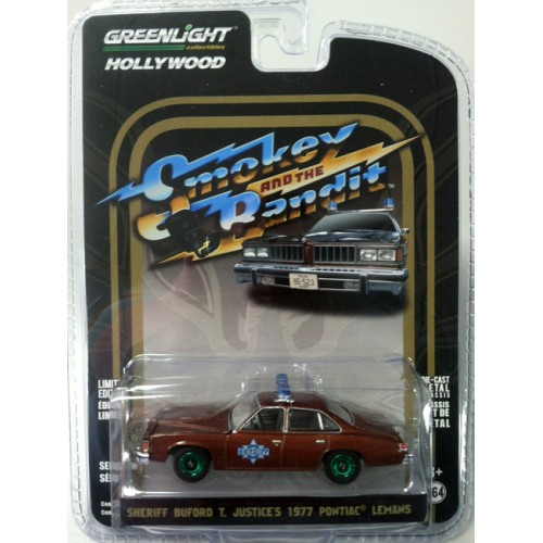 Hollywood Series 18 - 1977 Pontiac LeMans Smokey and the Bandit Green Machine