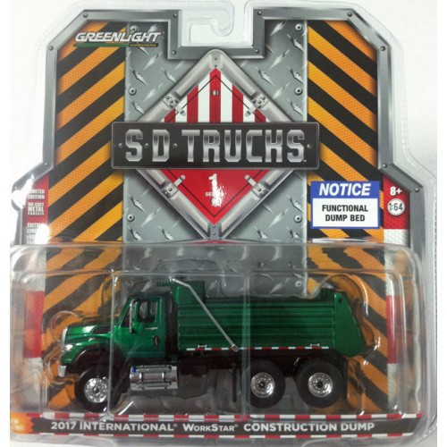 Super Duty Trucks Series 1 - International WorkStar Dump Truck Green Machine