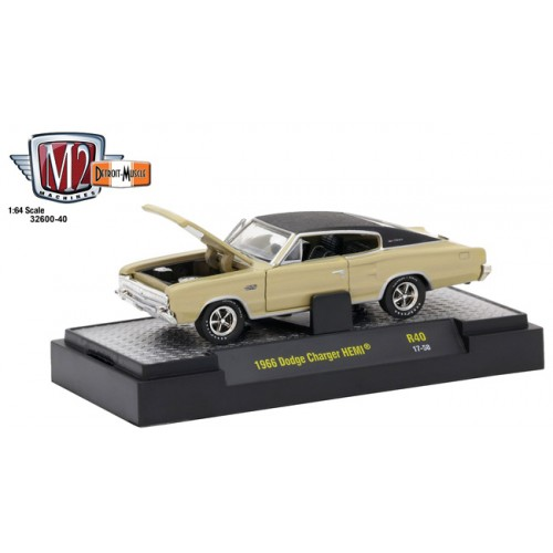 Detroit Muscle Release 40 - 1966 Dodge Charger HEMI