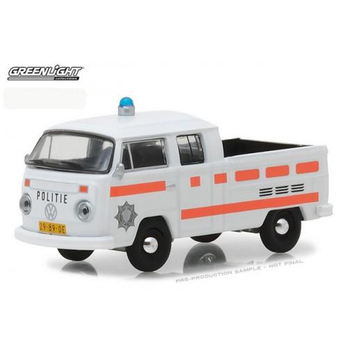 Club Vee-Dub Series 6 - 1977 Volkswagen Type 2 Double Cab Police Truck