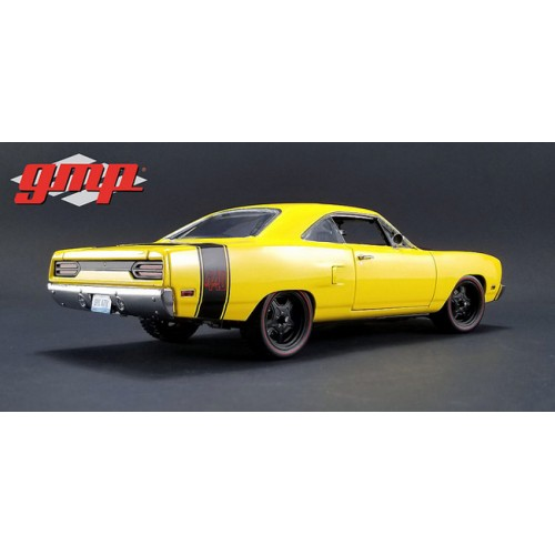 Greenlight GMP 1970 Plymouth Road Runner
