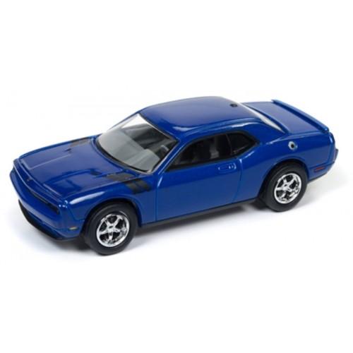Johnny Lightning Classic Gold - 2010 Dodge Challenger R/T