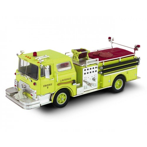 Corgi Heroes Under Fire - Mack CF Pumper