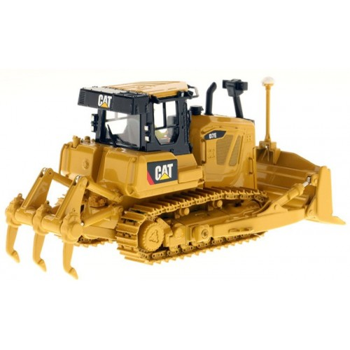 Diecast Masters CAT D7E Dozer with Rear Ripper