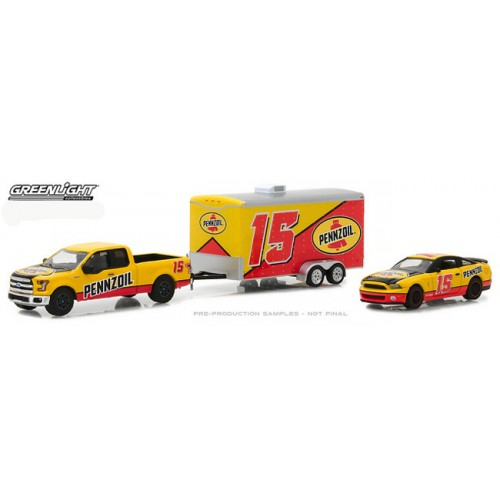Greenlight Racing Hitch and Tow Series 1 - 2015 Ford F-150 with 2012 Shelby GT500