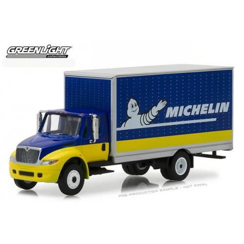 Greenlight HD Trucks Series 12 - 2013 International DuraStar Box Van