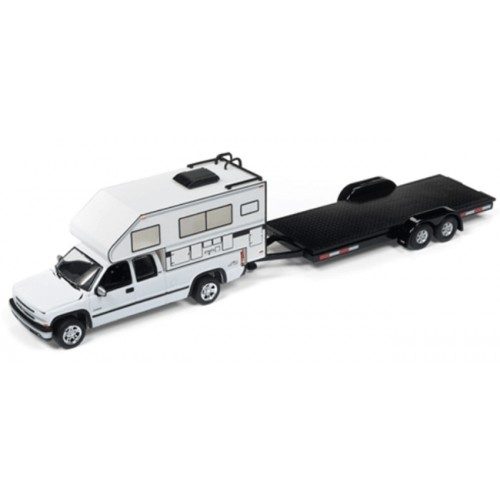 Johnny Lightning Truck and Trailer 2002 Chevy Truck with Open Trailer