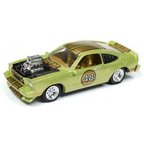 Johnny Lightning Street Freaks 1976 Ford Mustang Cobra