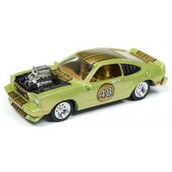 Johnny Lightning Street Freaks 1976 Ford Mustang Cobra