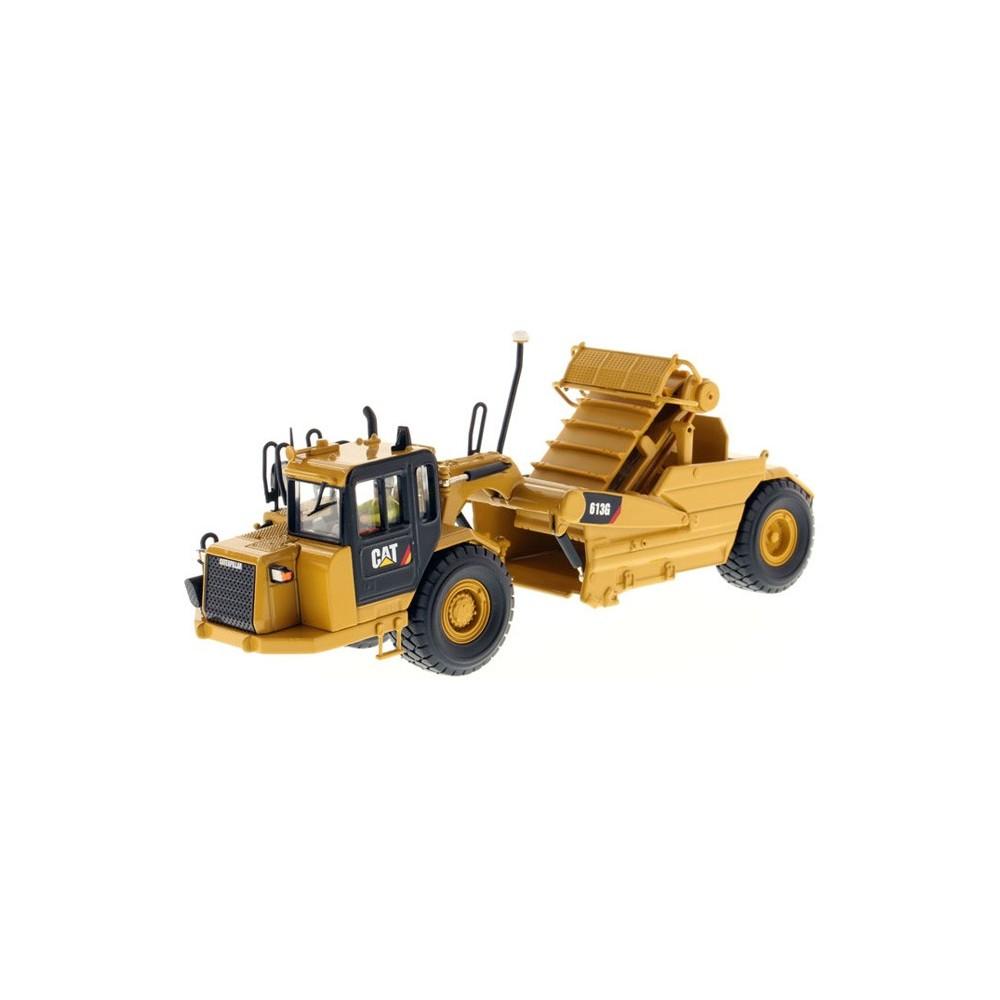 Diecast Masters CAT 613G Wheel Scraper