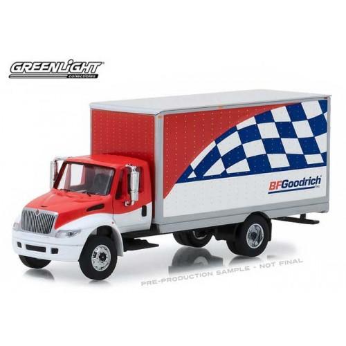 HD Trucks Series 13 - 2013 International DuraStar Box Van