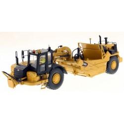 Diecast Masters CAT 627K Wheel Scraper