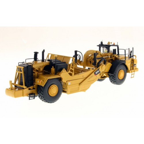 Diecast Masters CAT 627K Wheel Scraper