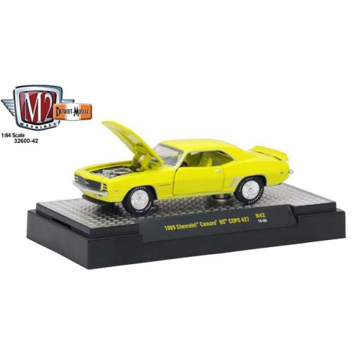 M2 Machines Detroit Muscle Release 42 - 1969 Chevy Camaro RS COPO 427
