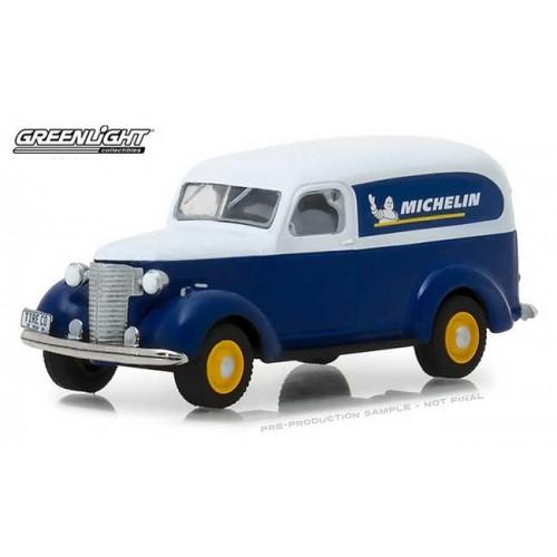 Running on Empty Series 5 - 1939 Chevy Panel Van