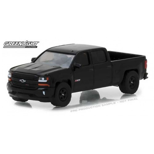 Greenlight Hobby Exclusive - 2018 Chevrolet Silverado 1500 Midnight Edition