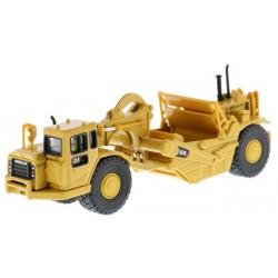 Diecast Masters CAT 627G Wheel Tractor Scraper