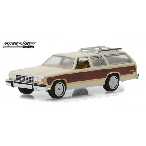 Greenlight Estate Wagons Series 1 - 1985 Ford LTD Country Squire
