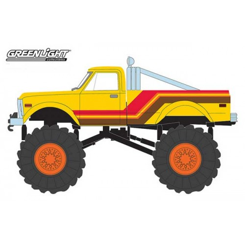 Greenlight Kings of Crunch Series 1 - 1972 Chevy K-10 Monster Truck