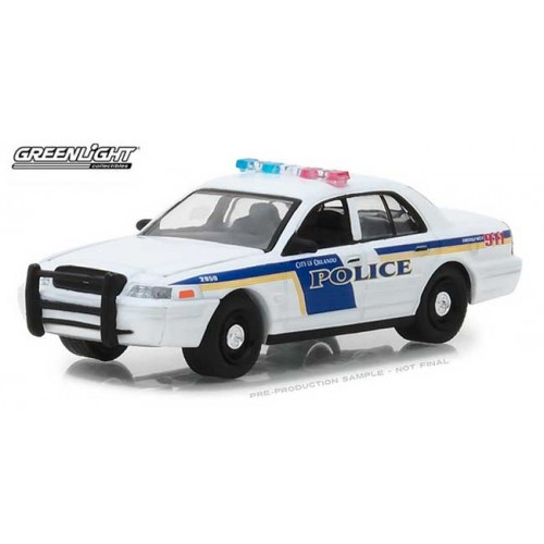 Greenlight Hot Pursuit Series 28 - 2010 Ford Crown Victoria Police Interceptor
