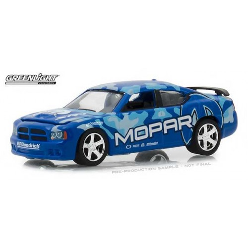 Greenlight Hobby Exclusive - 2008 Dodge Charger SRT 8 Mopar Edition