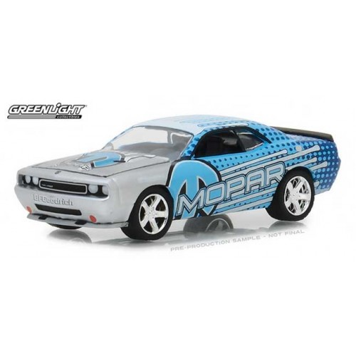 Greenlight Hobby Exclusive - 2009 Dodge Challenger Mopar Edition