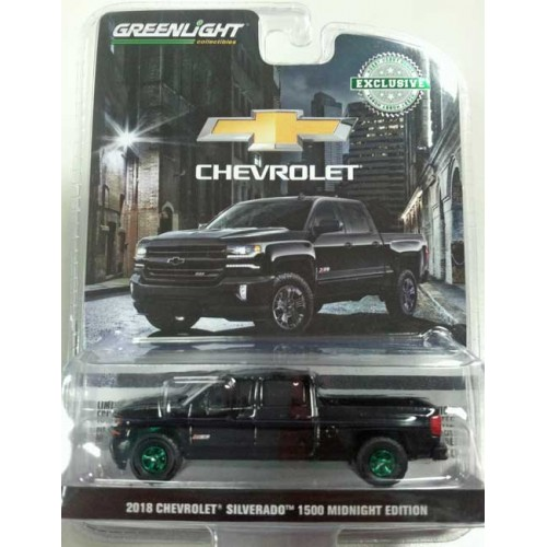 Greenlight Hobby Exclusive - 2018 Chevy Silverado Midnight Edition Green Machine