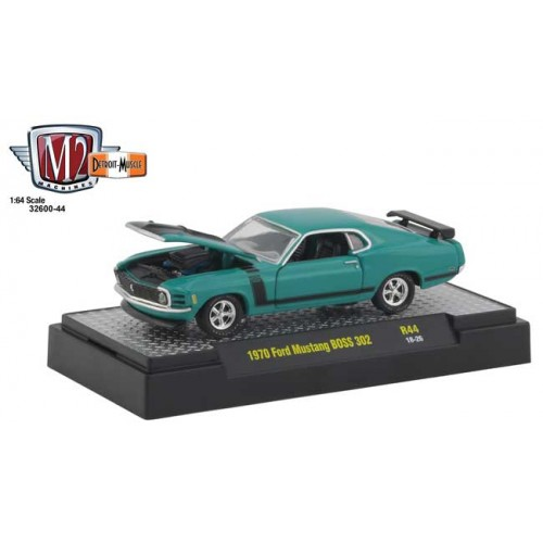 M2 Machines Detroit Muscle Release 44 - 1970 Ford Mustang BOSS 302