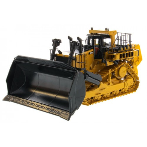 Diecast Masters Caterpillar D11T CD Carrydozer