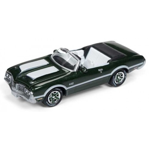 Johnny Lightning Classic Gold - 1972 Olds Cutlass 442
