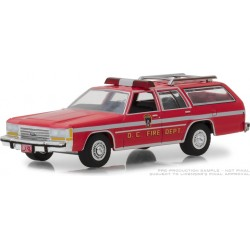 Greenlight Hobby Exclusive - 1990 Ford LTD Crown Victoria Wagon