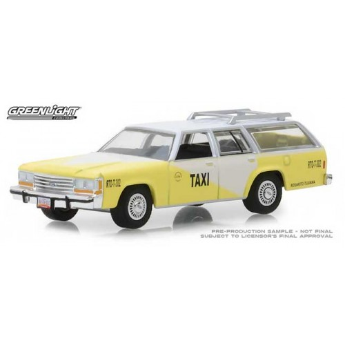 Greenlight Hobby Exclusive - 1988 Ford LTD Crown Victoria Wagon