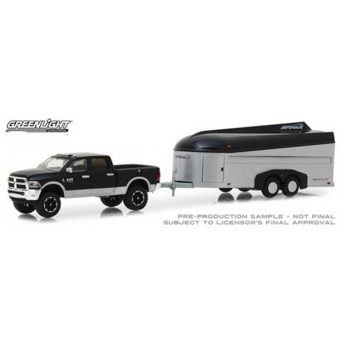 Greenlight Hitch and Tow Series 15 - 2017 Ram 2500 with Aerovault MKII Trailer