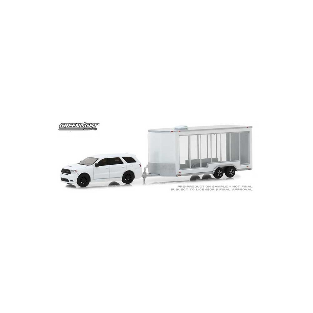Greenlight Hitch and Tow Series 15 - 2018 Dodge Durango with Display Trailer