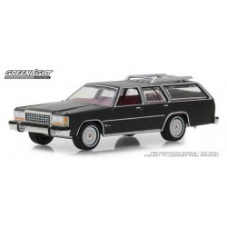 Greenlight Estate Wagons Series 2 - 1986 Ford LTD Crown Victoria Wagon