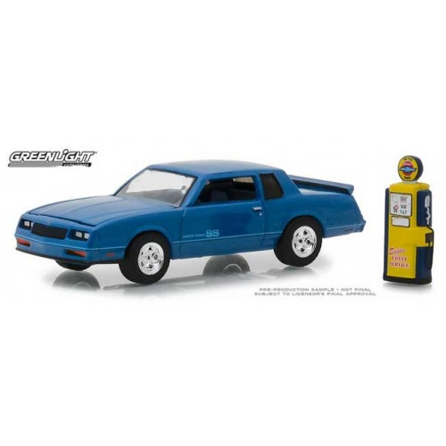 Greenlight The Hobby Shop Series 5 - 1984 Chevy Monte Carlo SS