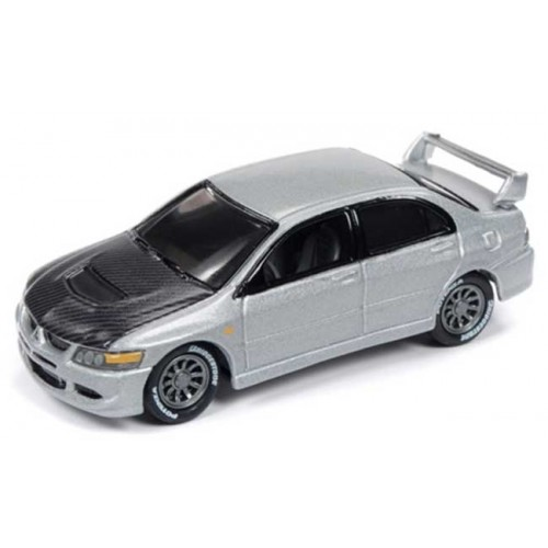 Johnny Lightning Classic Gold - 2004 Mitsubishi Lancer Evolution